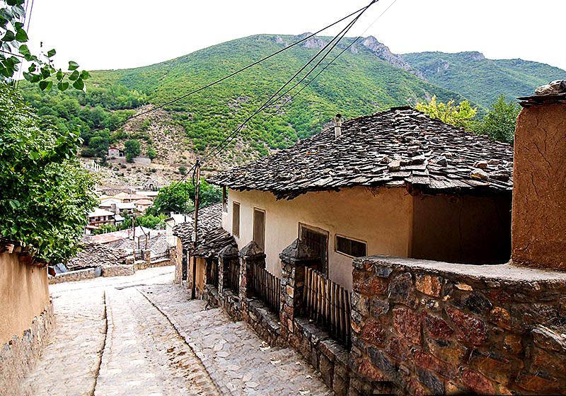 نمایی از کوچه های روستای کندلوس